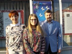 laureatla-konkursu-julia-rybicka-z-rodzicami